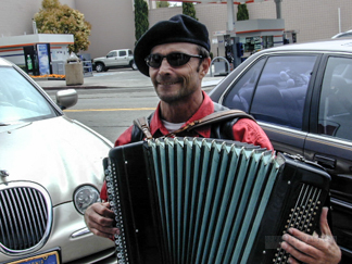 Alex Yaskin - Russian Accordian Player