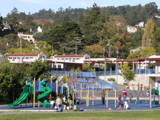 Thousand Oaks School Yard & Playground