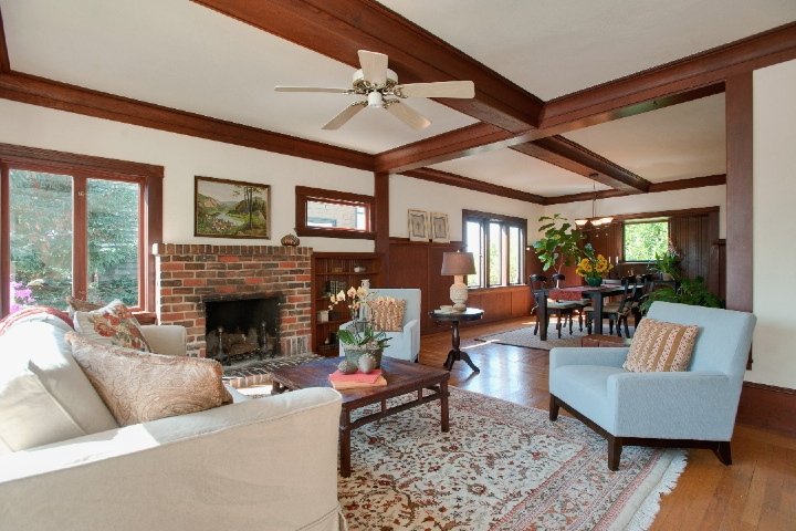 525 Neilson Street home for sale- Thousand Oaks Cottage near Kensington's Colusa Circle and Solano Avenue